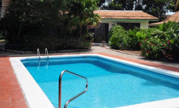 Kas di Ala zwembad Curaçao